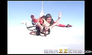 Day with a Pornstar - (Kagney Linn Karter, Krissy Lynn) - Two Pussies and One Parachute - Brazzers