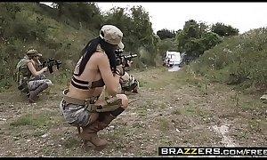 Pornstars Like it Big - (Jasmine Jae, Monique Alexander, Stella Cox, Danny D) - Cock Of DutyA XXX Parody - Trailer preview - Brazzers