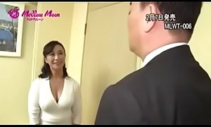 The japanese Mother Frustrated get a  Creampie from her son  full  http://q.gs/E94un