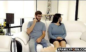 Hot stepsister can'_t stop twerking untill she get fucked - www.xfamilyporn.com