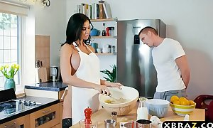 Cooking milf jasmine jae bakes a cake during the time that being drilled