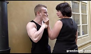 Fat mature wife pays young boy 50 Euros for a blowjob